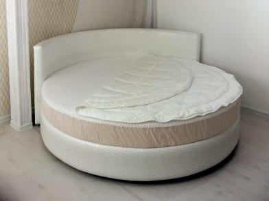 Круглые наматрасник и одеяло